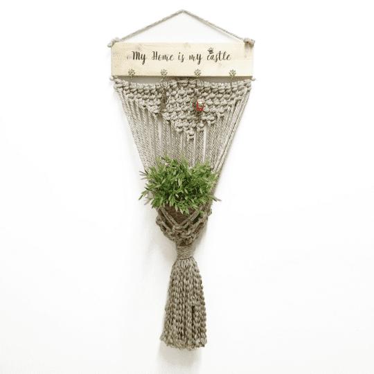 "colgador de macramé natural para plantas ""My Home"""
