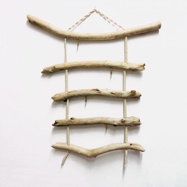colgador de madera de mar múltiple con cuerda de macrame