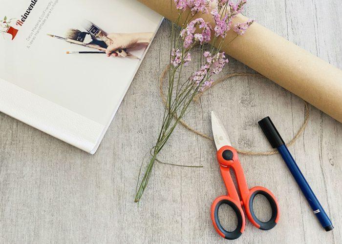 Reinventa12_papel de regalo decorado por ti. Una idea handmade que embellecerá tus regalos.