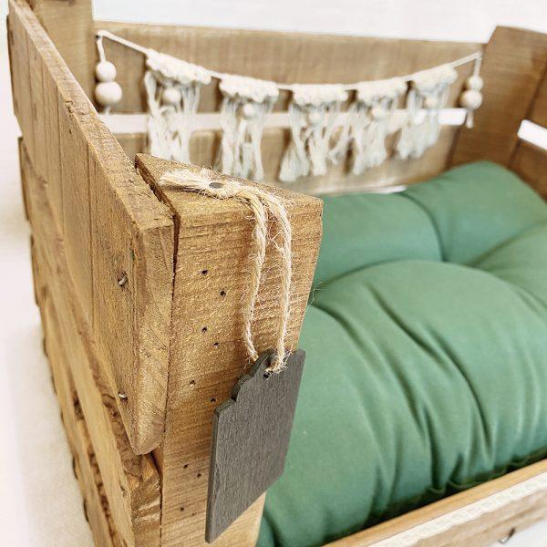 caja de madera especial para pequeñas mascotas.